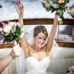 Braut im Riva Boot
