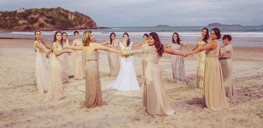 Brautjungfern am Strand