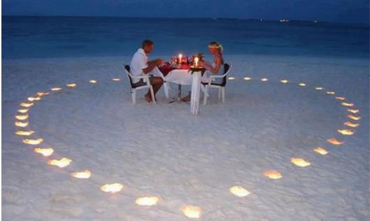 Candle Light Dinner am Strand