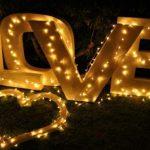 LOVE Schild