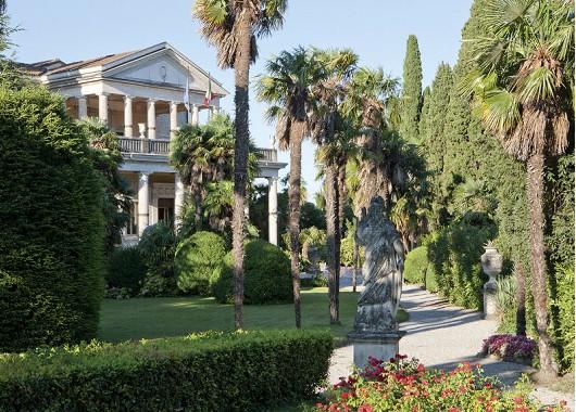 Villa Cortine außen