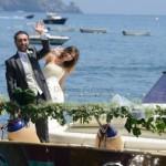 arrivo-sposi-con-la-barca