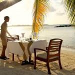 merville-dinner-beach
