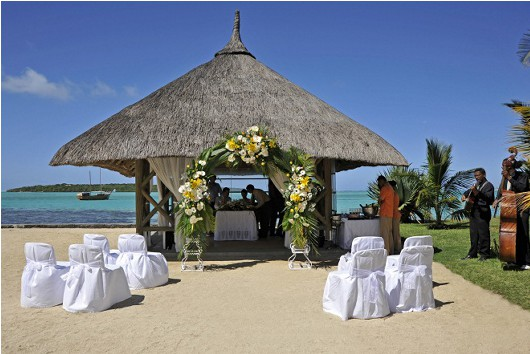 trou-wedding-bungalow